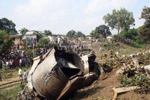 Crash de l'avion à Makazou: le gouvernement brille toujours autant dans Politique crash-cargo-brazza-300x199