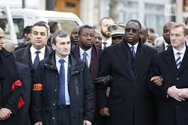 Deux jeunes Charlie à Paris (Faure à gauche, Macky Sall à droite)